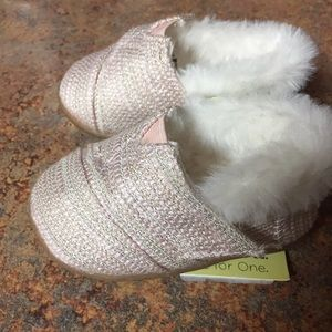 TOMS Baby Girl shoes size 4.
